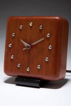 1930's American Art Deco Gilbert Rohde Clock Herman Miller 4723-A