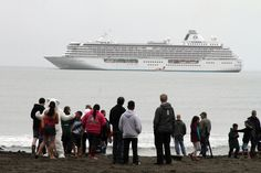 The largest cruise ship to ever sail the Northwest Passage is en route to New…