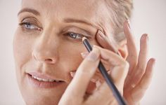 7 Essential Eye-Make