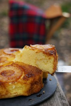 Dutch oven pineapple upside-down cake | HonestlyYUM