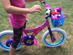 The 16 inch Dynacraft Shopkins Bike is out of this world! Shopkins Bike Review + Giveaway!