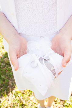Selbstgenähtes Ringkissen für ein glückliches Brautpaar - Nähanleitung für vier Varianten via Makerist.de