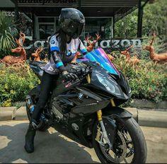 #bmw #RR #motorcycle #bike #biker #bikergirl #bikerqueen #black #sportbike black BMW RR motorcycle and biker girl