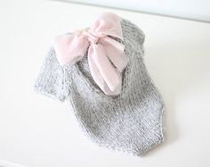 Newborn props – Newborn romper – Baby girl romper – Short sleeve romper – Photo Prop Outfit – Photo prop romper – Lavender – Newborn girl - Jumpsuits and Romper Girls Rompers, Rompers Women, Baby Girl Romper, Baby Dress, Kids Photo Props, Newborn Photo Props, Knitting Baby Girl, Crochet Baby, Knitted Romper