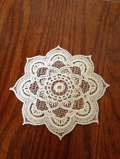 Embroidery It: Machine Embroidery Free Standing Lace Doily