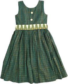 Baby Girl Dress Design, Girls Frock Design, Kids Frocks Design, Baby Frocks Designs, Cotton Frocks For Kids, Frocks For Girls, Dresses Kids Girl, Baby Dresses, Kids Dress Wear