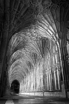 south range at Gloucester Abbey Gothic Architecture, Amazing Architecture, Architecture Details, Ancient Architecture, Beautiful World, Beautiful Places, Beautiful Pictures, Medieval, Black And White Aesthetic