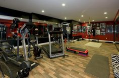 Astounding 25+ Incredible Home Gym Decorating Ideas https://freshouz.com/25-incredible-home-gym-decorating-ideas/