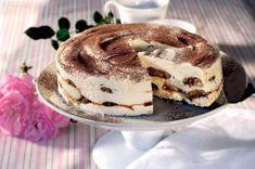 Ez a hamis krémtúrós recept eddig senkinek nem okozott csalódást Hungarian Desserts, Hungarian Cake, Hungarian Recipes, Ital Food, Rum Cake, Sweets Cake, Cakes And More, Cake Cookies, Parfait