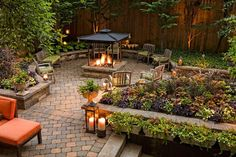 Small Garden Landscape Design Ideas Awesome Current Trends In Urban Garden Design Journal Garden Urban Garden Design, Small Garden Landscape Design, Backyard Garden Design, Diy Garden, Garden Villa, Landscape Designs, Fire Pit Backyard, Backyard Patio, Backyard Landscaping