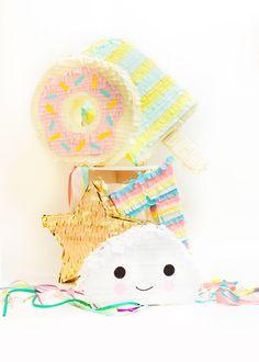 Dans mon livre vous saurez comment réaliser une Piñata. Il contient 14 DIY Piñata facile à faire. Une méthode pour faire une pinata sans y passer des heures Cardboard Crafts, Party Time, Crochet Hats, Snoopy, Printables, Birthday, Magazine, Happy, Bricolage