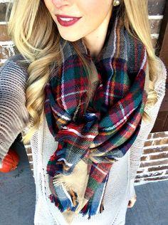 Fashion Beauty, Girl Fashion, Fashion Ideas, Autumn Winter Fashion, Plaid Scarf, Winter Outfits, Cute Outfits, My Style, Stylish
