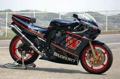 """Suzuki GSX-R 750 RK 1989 """"Walter Wolf"""" by Kaminari Racing"""