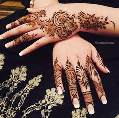 Henna designs for women are the exceptionally extraordinary tradition in Asians countries festivals and events. Beautiful and adorable Henna patterns and styles play the vital role in all our celebrations and occasions. Floral Henna Designs, Finger Henna Designs, Mehndi Designs For Girls, Mehndi Designs For Beginners, Modern Mehndi Designs, Arabic Henna Designs, Mehndi Design Pictures, Unique Mehndi Designs, Mehndi Designs For Fingers