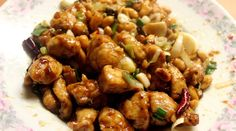 Kuřecí čína - varimdobre.cz Pollo Kung Pao, Kung Pao Chicken, Easy Meal Plans, Easy Meals, Low Carb Chinese Food, Sandwich Sides, Peanut Chicken, Food Preparation, Wok