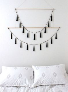 Unique Brilliant Decorative Wall Hangings Ideas For Your Favourite Room https://decorspace.net/brilliant-decorative-wall-hangings-ideas-for-your-favourite-room/