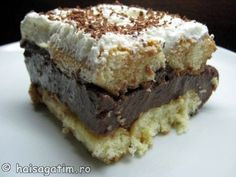 Prajitura rapida cu piscoturi si budinca Pinterest Recipes, Deserts, Good Food, Food And Drink, Unt, Charlotte, Decorations, Bakken, Postres