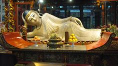 White Jade Buddha from the Jade Buddha Temple in Shanghai Buddha Temple, Shanghai, Beijing, White Jade, Sculpture Art, Statues, Painting, Places, Painting Art