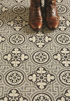 These quintessentially British geometric floor tiles by OriginalStyle.com recreate authentic Victorian and Edwardian patterns.