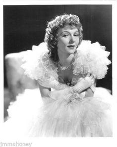 MARY-MARTIN-ORIGINAL-Vintage-1940-Edith-Head-Fashion-RICHEE-Stamp-PORTRAIT-PHOTO
