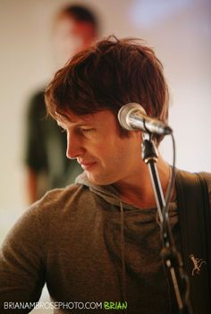 James Blunt ~ 965 TIC Acoustic Cafe » Brian Ambrose Photography