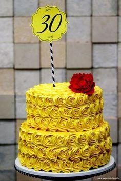 bolo decorado festa a bela e a fera