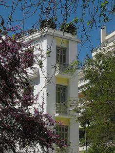 Building at Kypseli neighbourhood ~ Fokionos Negri