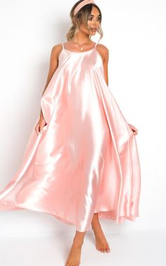 Forever 21 Black Contemporary Slip Dress Fine Straps Silk Like Look UK 8//10