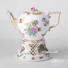 Herend fine china Tea Stove w. 1 pc – Tea Stove w. Cappuccino Tassen, Teapot Cake, Chesire Cat, Coffee Cup Set, Teapots And Cups, Tea Art, Chocolate Pots, Queen Victoria, Fine China