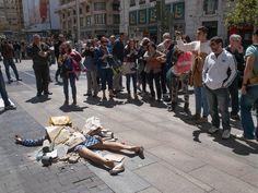 "Yolanda Dominguez: ""Fashion Victims"""