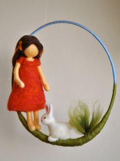 Chicas móvil Waldorf doll fieltro de aguja inspirado: por MagicWool