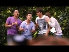 Big Time Rush - Bloopers and Funny Moments I have watched this and this is the funniest shit ever I nearly rolled on the floor laughing my ass off!! :))