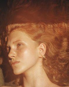 arynlei, creative (@arynlei) • Instagram photos and videos Thalia, Photography Women, Portrait Photography, Portrait Lighting, Ginger Girls, Portrait Inspiration, Divine Feminine, Redheads, Photoshoot