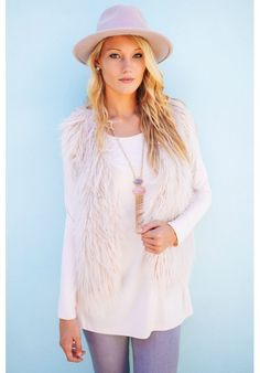 Dusty pink faux fur vest with full lining