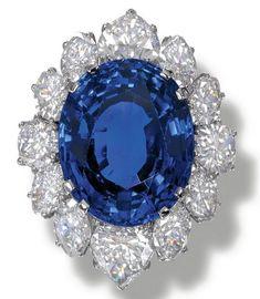 Bvlgari Sapphire and Diamond Ring Bulgari Jewelry, Gems Jewelry, Fine Jewelry, Jewlery, Jewelry Box, The Sapphires, Fashion Rings, Fashion Jewelry, Bridal Ring Sets