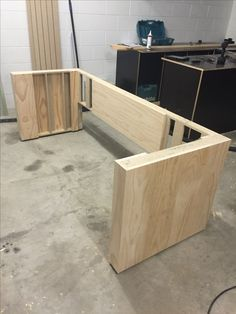 Cabinet Making, Storage Chest, Bathtub, Furniture, Home Decor, Woodworking, Standing Bath, Bathtubs, Decoration Home