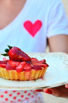 HOLA! Mini Pies, Pretty Cakes, Waffles, Muffins, Cheesecake, Food And Drink, Snacks, Meals, Breakfast