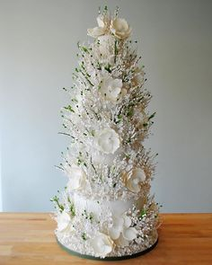 This five-tier wedding cake is a symphony of sugar flowers!