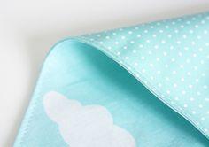 Foulard bandana bébé enfant (1-3 ans) - Réversible - Modèle NUAGES