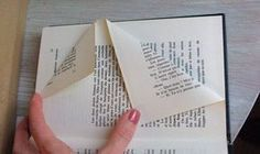 Oh Tannenbaum, oh Tannenbaum…DIY Buch upcycling - popularmakeup Folded Book Art, Paper Book, Diy Old Books, Quilled Paper Art, Book Folding Patterns, Book Sculpture, Book Projects, Book Gifts, Book Pages
