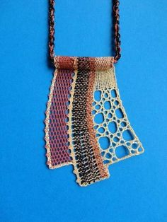 Something small but exquisite. Lace Jewelry, Textile Jewelry, Bead Jewellery, Bobbin Lacemaking, Lace Art, Bobbin Lace Patterns, Wire Crochet, Needle Lace, Lace Embroidery