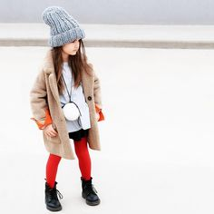 👌Styling Tip of the Week: Too young to wear jewelry? Just hang a furry pompom on a long (leather) string and tie in a bow. Kids Street Style by Miss Kaira Toddler Fashion, Girl Fashion, Fashion Tips, Fashion Boots, Little Miss Perfect, Trendy Outfits, Girl Outfits, Style Hipster, Kids Clothes Sale