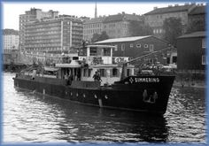 Die MS Simmering im Donaukanal, im Hintergrund links die Salztorbrücke, 1965 Vienna, Ms, Boat, Vintage, Cold War, Dinghy, Boats, Vintage Comics, Ship