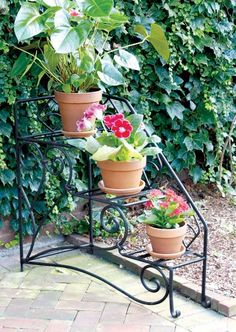 outdoor plant shelves | ... Choose the Perfect Outdoor Plant Stands | Modern Home Design Gallery