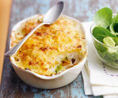 Cuisiner un gratin de poisson et légumes, c'est possible avec notre recette très facile, accompagnée d'une astuce du chef Cyril Lignac. À vos fourneaux.