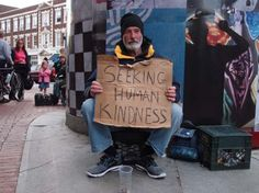 Artist Helps the Homeless in an Incredible Way