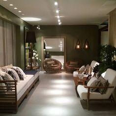 """""""Meu espaço na Casa Cor RN 2015, o Avarandado, recebeu paredes e forro em Dry Wall, com fornecimento e execução da Loja O Borrachão.  As vantagens e…"""" #ceramicaportinari Salas, Rooms"""
