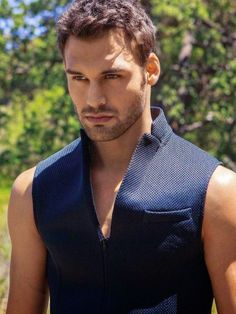where you can find anything and everything about Ryan Guzman ; Ryan Guzman, Beautiful Men Faces, Beautiful Boys, Gorgeous Men, Actors Funny, Hot Actors, Step Up Revolution, Scruffy Men, Awesome Beards