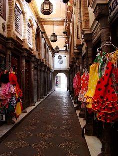Flamenco Dresses for Sale | Grenada, Spain