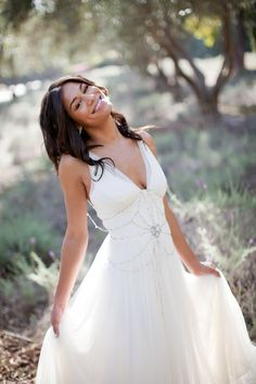 Jenny Packham wedding gown | http://www.stylemepretty.com/2011/12/01/san-ysidro-ranch-wedding-by-jessica-lewis/